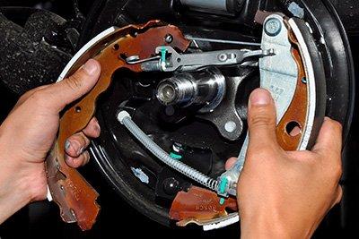 Ремонт тормозной системы автомобиля LADA